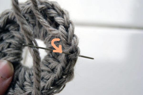 finition tricot crochet étape 2